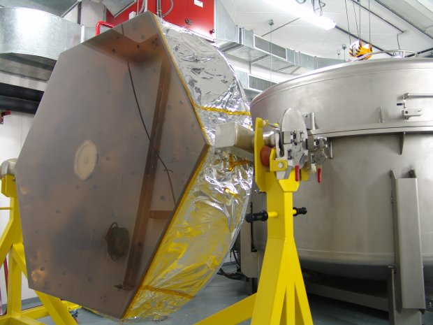 The cleaned segment arrives at the Aluminizing Chamber.